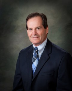 Meet Dr. Husserl, Expert in Orthopaedic Surgery & Sports Medicine